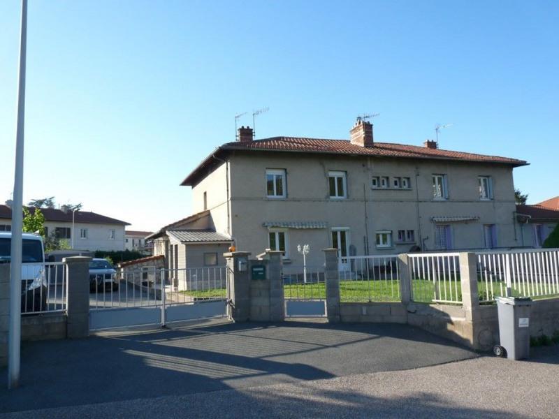 Sale apartment Roche-la-moliere 142000€ - Picture 1
