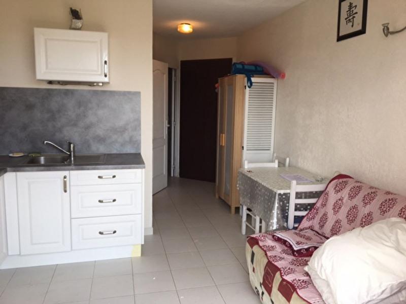 Sale apartment La londe les maures 166000€ - Picture 3