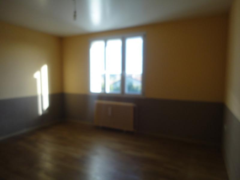 Sale house / villa Saint junien 147000€ - Picture 4