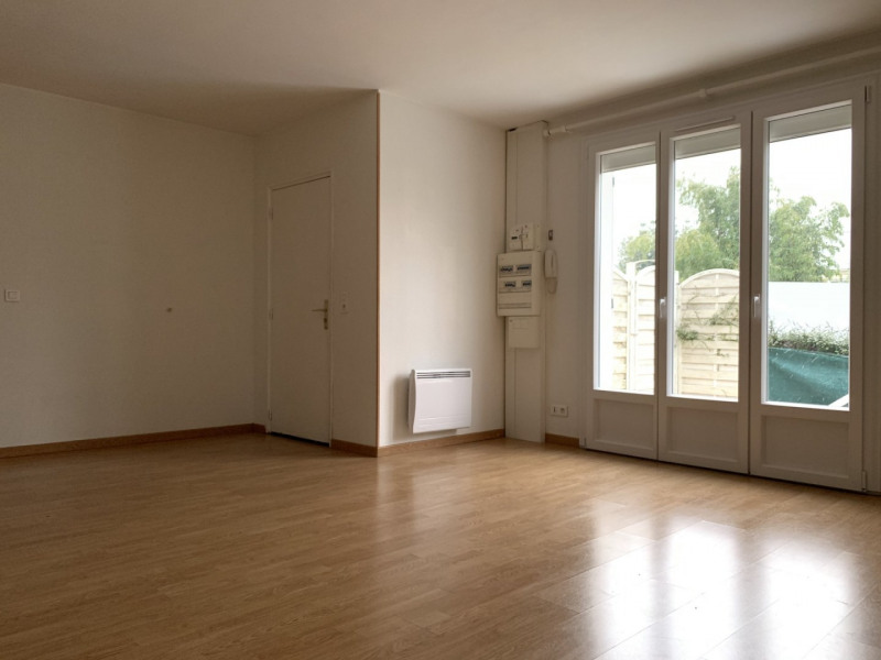 Location appartement Saint-michel-sur-orge 995€ CC - Photo 3