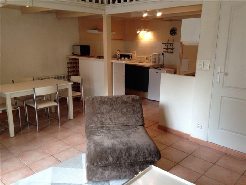 Rental apartment Salon de provence 510€ CC - Picture 2