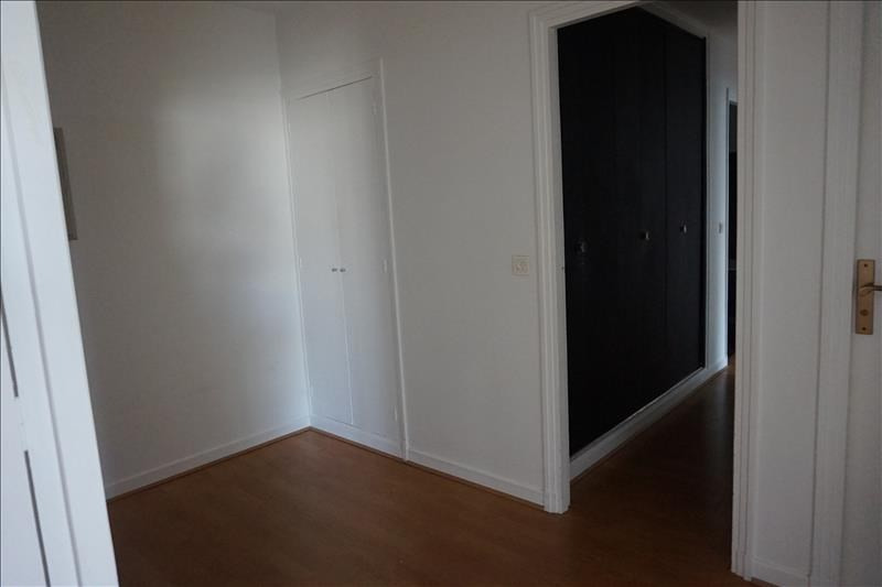 Rental apartment Levallois perret 1 920€ CC - Picture 8