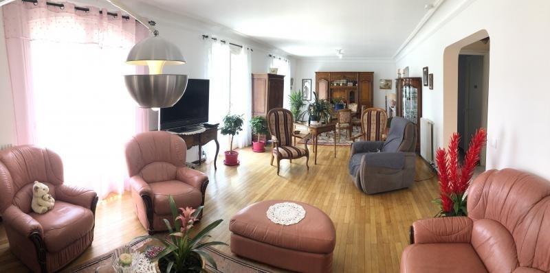 Sale house / villa Bizanos 316500€ - Picture 6