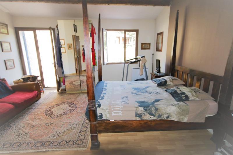 Sale house / villa Meyrargues 346000€ - Picture 8