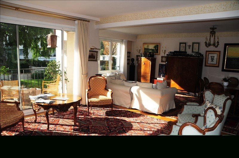 Deluxe sale apartment Ville-d'avray 998775€ - Picture 1