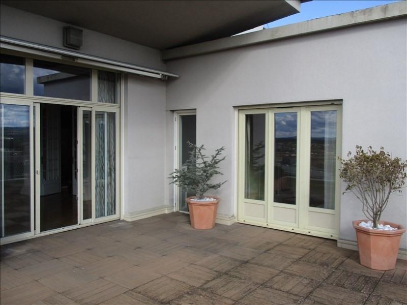 Deluxe sale apartment Roanne 395000€ - Picture 3