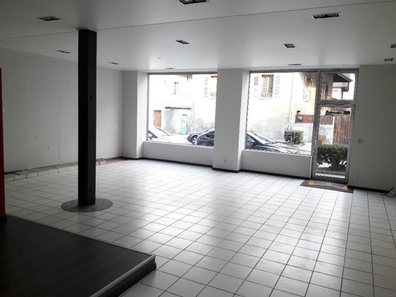Location boutique Sallanches 1 870€ CC - Photo 1