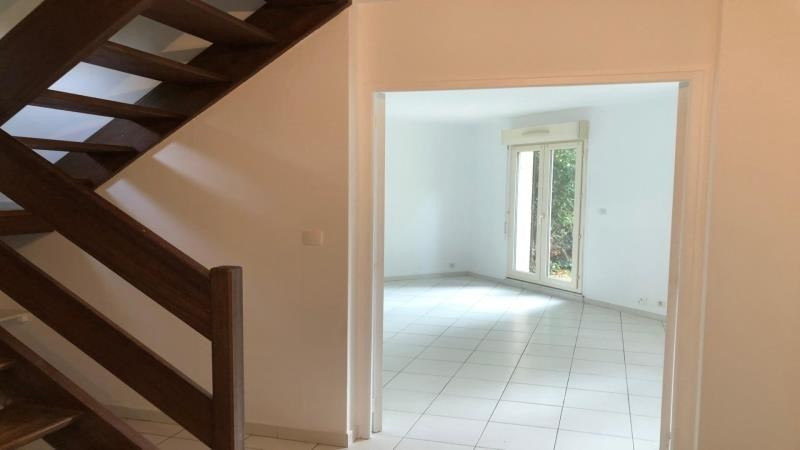 Location maison / villa Troyes 820€ CC - Photo 4