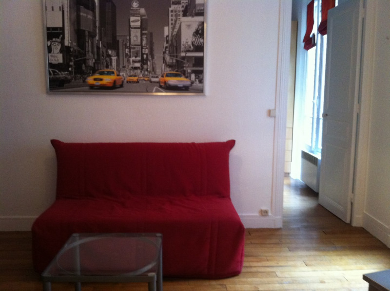 Location appartement Paris 15ème 995€ CC - Photo 1