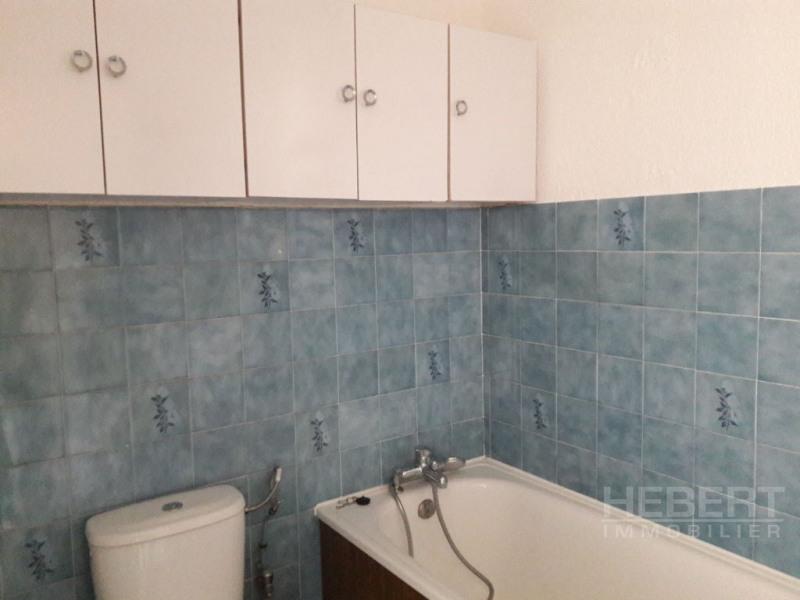 Location appartement Sallanches 424€ CC - Photo 5
