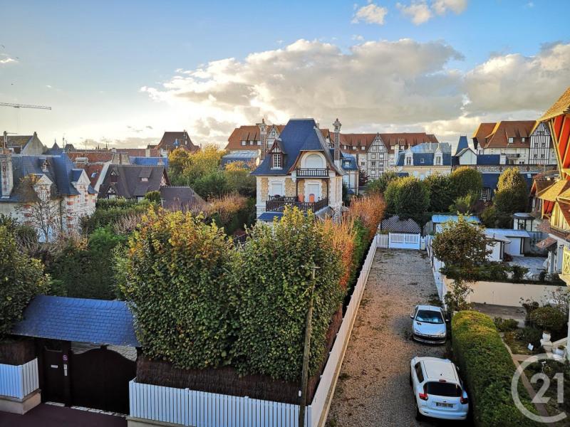 Revenda residencial de prestígio casa Deauville 735000€ - Fotografia 1