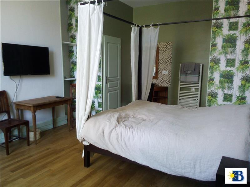 Location maison / villa Chatellerault 800€ CC - Photo 1