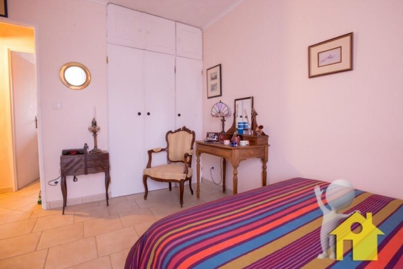 Sale house / villa Neuilly en thelle 233200€ - Picture 3