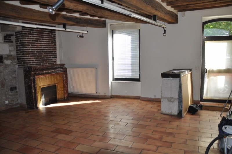 Location maison / villa Auxerre 831€ CC - Photo 2