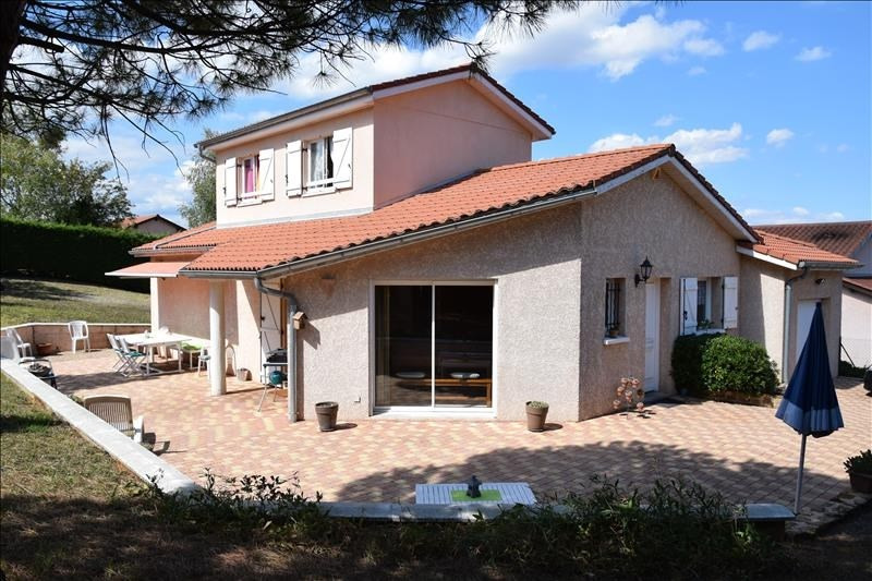 Sale house / villa Pommiers 380 000€ - Picture 1