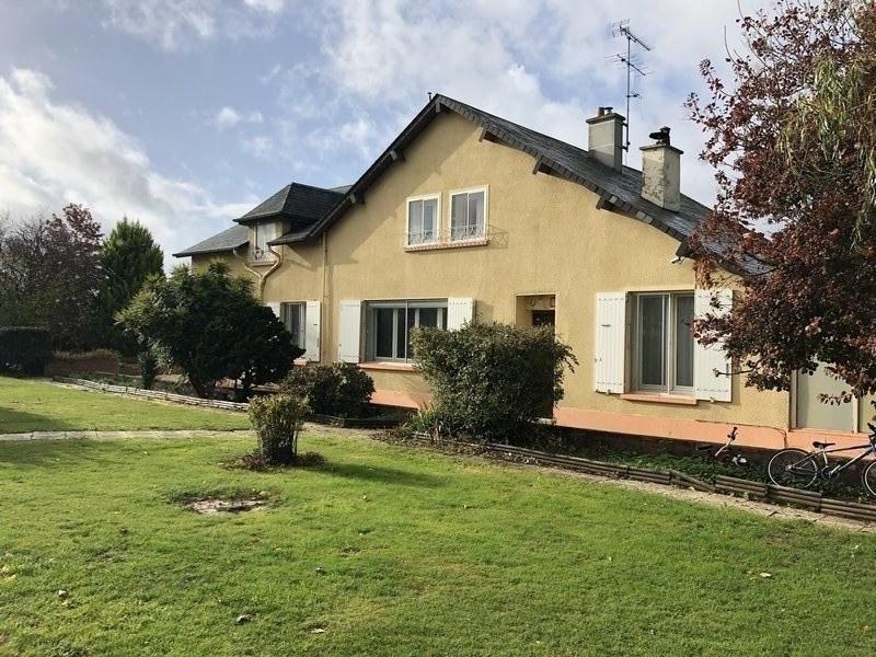 Sale house / villa Thury harcourt 183000€ - Picture 1