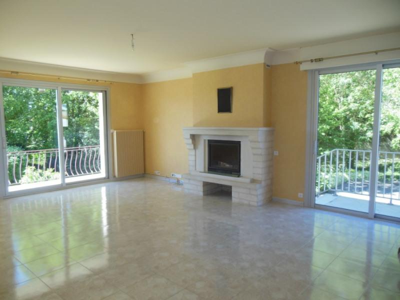 Sale house / villa Saint symphorien 259900€ - Picture 2