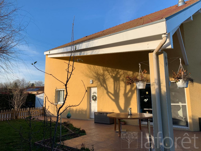 Vente maison / villa La tour du pin 320 000€ - Photo 2