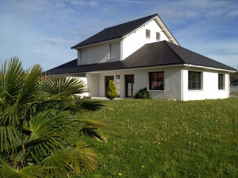 Sauvagnon belle T4 mitoyenne de 120 m² avec 700 m² de jardin