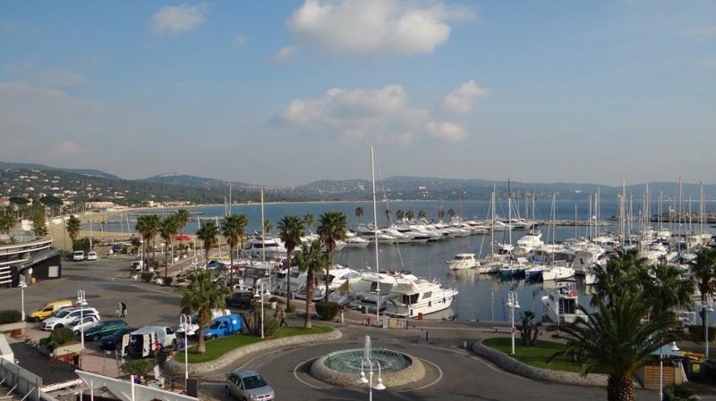 Vacation rental apartment Cavalaire sur mer 800€ - Picture 3