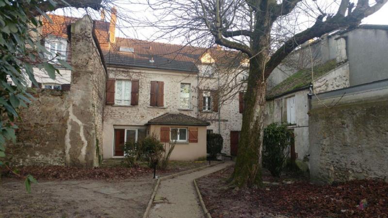 Rental apartment Montlhery 660€ CC - Picture 1
