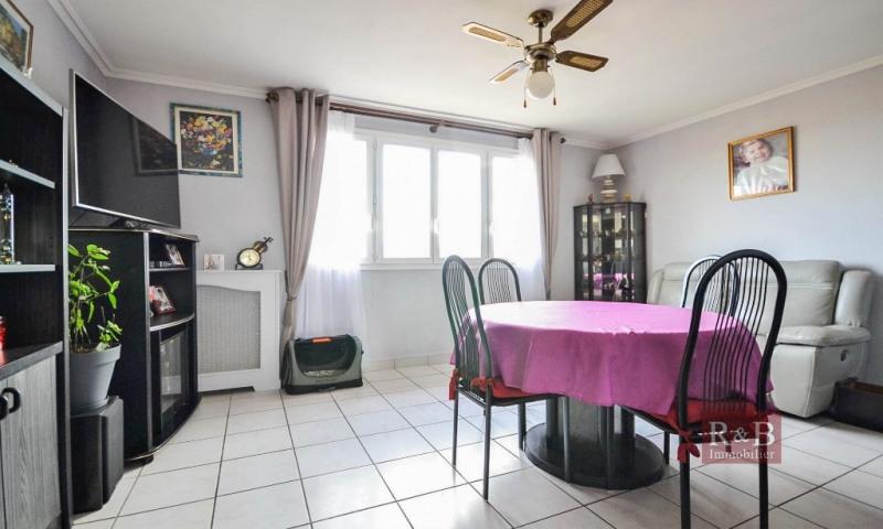 Vente appartement Les clayes sous bois 173000€ - Photo 1