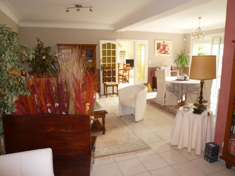 Sale house / villa Cognac 283500€ - Picture 7