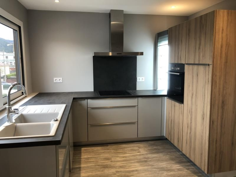 Sale apartment Oyonnax 130000€ - Picture 1