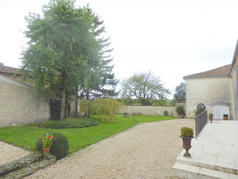 Deluxe sale house / villa Genté 379800€ - Picture 2