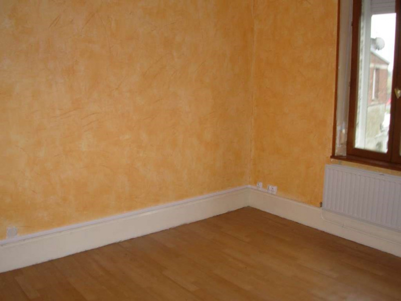 Rental apartment Saint quentin 490€ CC - Picture 5