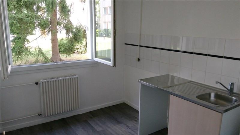 Rental apartment Verneuil sur seine 745€ CC - Picture 3