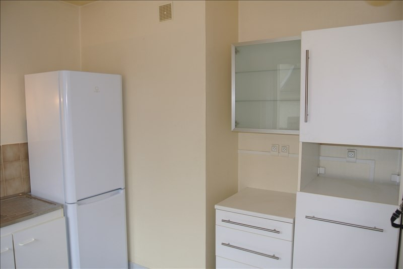 Rental apartment Chambourcy 600€ CC - Picture 5