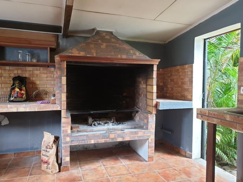 Sale house / villa Saint pierre 405000€ - Picture 4