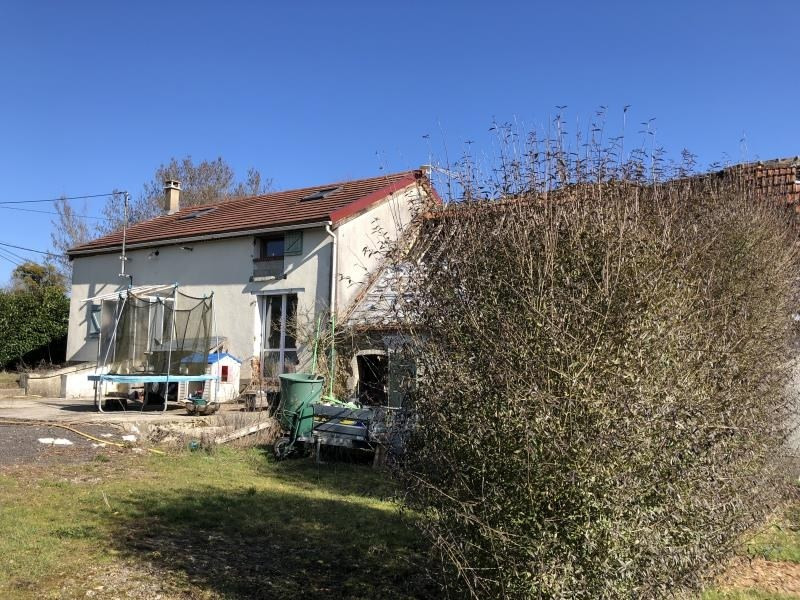 Sale house / villa Toucy 61 000€ - Picture 1