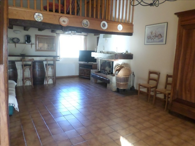 Vente maison / villa Fleure 127 000€ - Photo 3