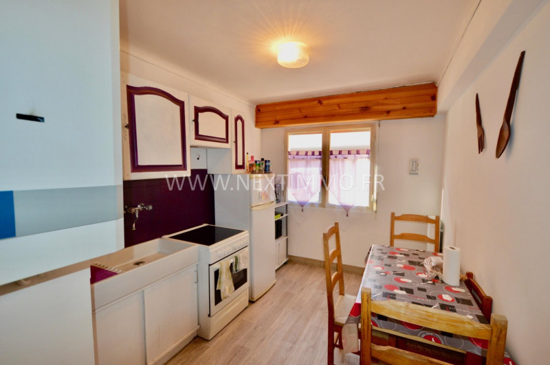 Revenda apartamento Menton 168000€ - Fotografia 3