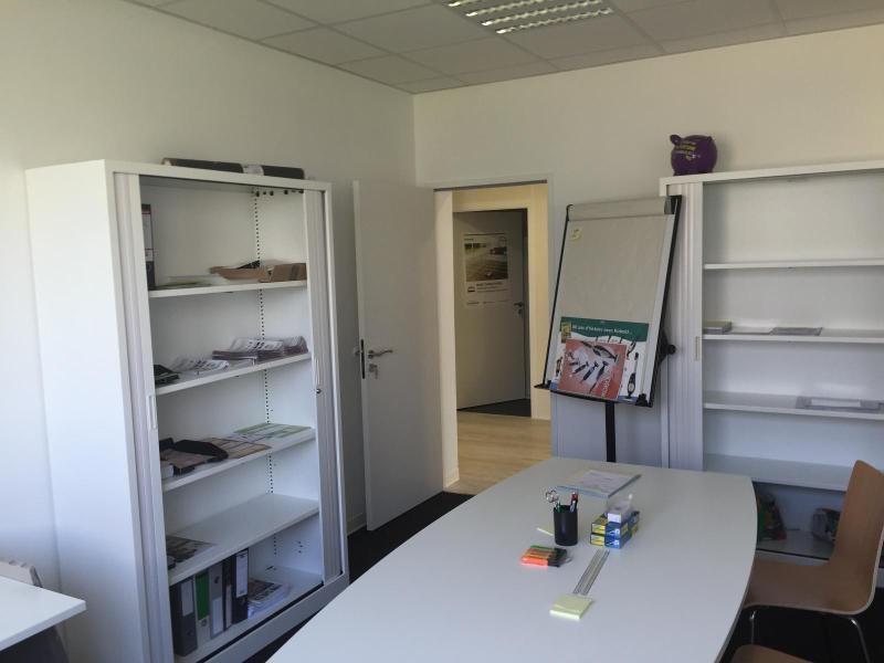 Verhuren  kantoren Fillinges 3051€ CC - Foto 4