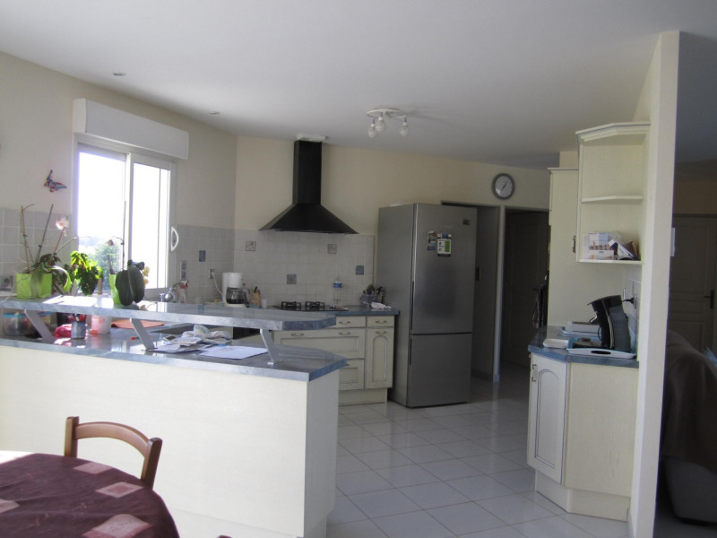 Sale house / villa Barbezieux saint hilaire 263 925€ - Picture 9