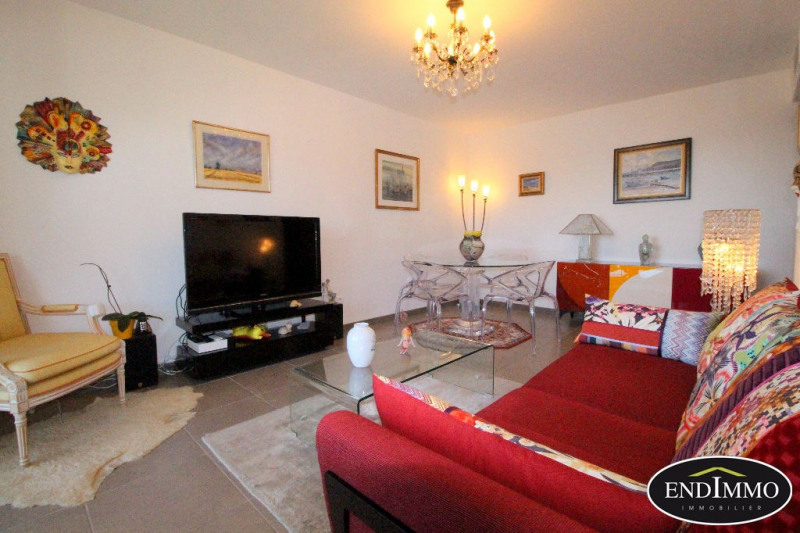 Sale apartment Saint laurent du var 275 000€ - Picture 5