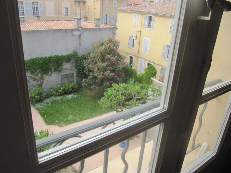 Location appartement Aix en provence 1126€ CC - Photo 5