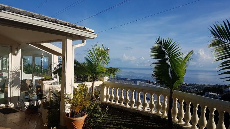 Vente maison / villa Saint denis 490000€ - Photo 4