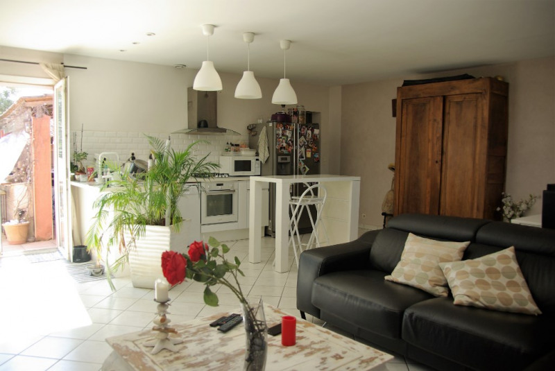 Sale house / villa Le cailar 330 000€ - Picture 1