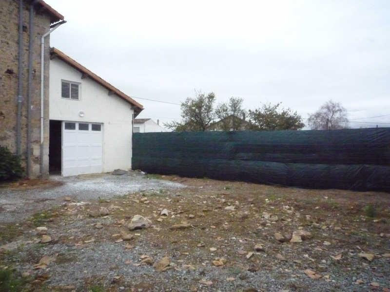 Location maison / villa Exireuil 450€ CC - Photo 1