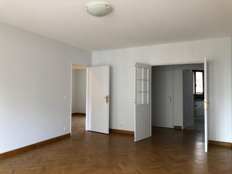 Rental apartment Paris 16ème 2100€ CC - Picture 4