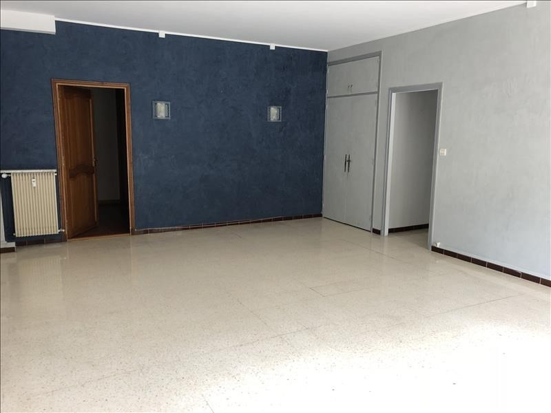 Rental apartment Nimes 898€ CC - Picture 3