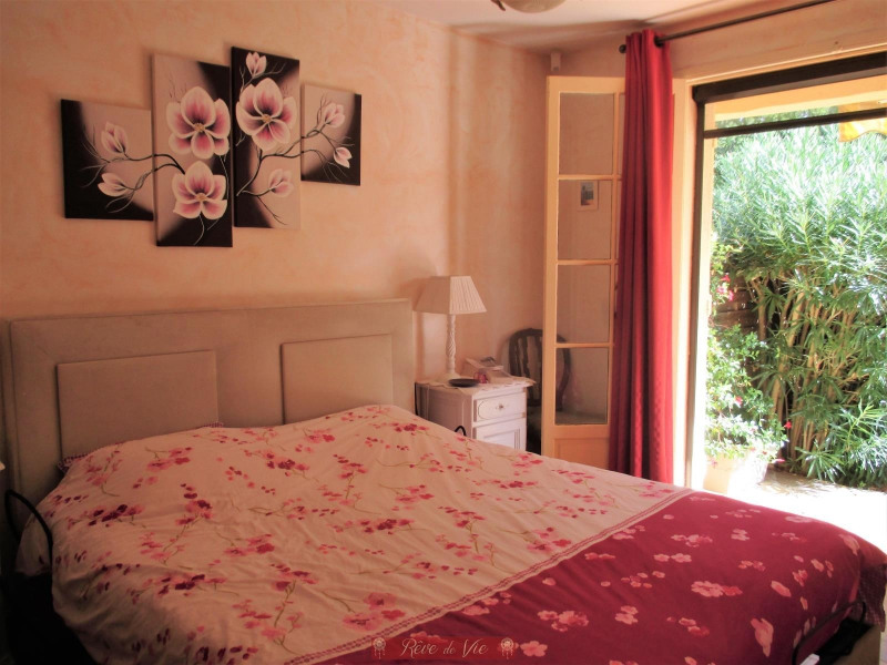 Sale house / villa Bormes les mimosas 549900€ - Picture 5