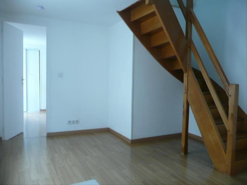 Location appartement Aubigny sur nere 455€ CC - Photo 2