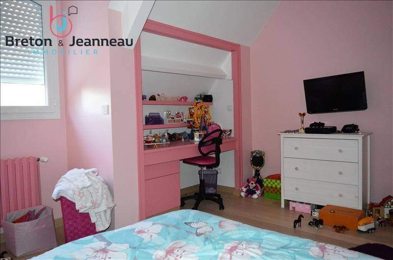 Sale house / villa Laval 291200€ - Picture 11