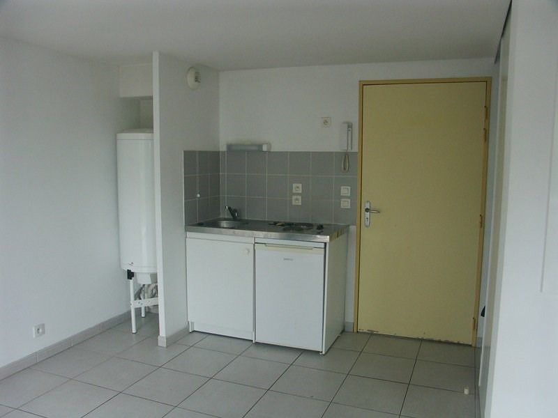 Rental apartment Tarbes 382€ CC - Picture 3