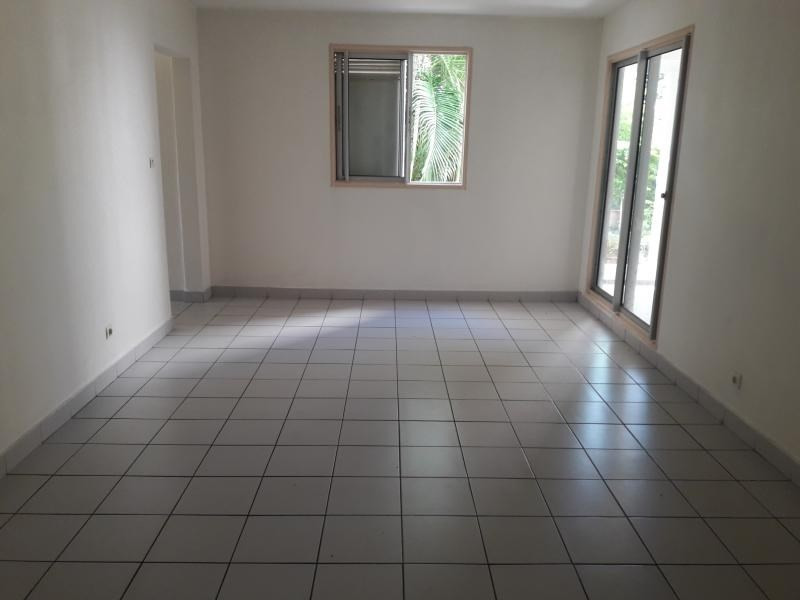 Produit d'investissement appartement La possession 177 000€ - Photo 1